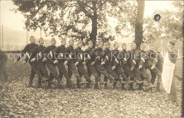 Militaria Schweiz Soldaten Koch Gruppenfoto Kat. Militaria