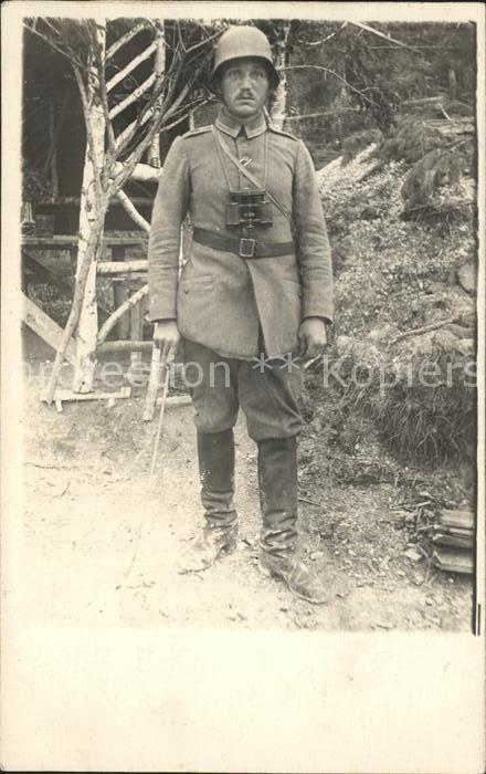Militaria WK1 soldat  feldstecher stahlhelm  / Militaria WK1 /