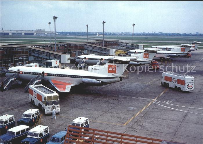 Flugzeuge Zivil BEA Trident Flughafen Heathrow Airport London Kat. Airplanes Avions