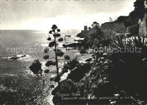 Nervi Tramonto visto dalla passeggiata a mare / Genova /Ligurien