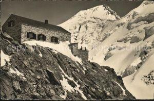 Loetschenhuette Hollandia mit Aletschhorn