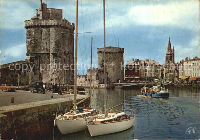 La Rochelle Charente Maritime Port Tours Saint Nicolas Tours de la Chaine Tours des Quatre Sergents Bateaux Kat. La Rochelle
