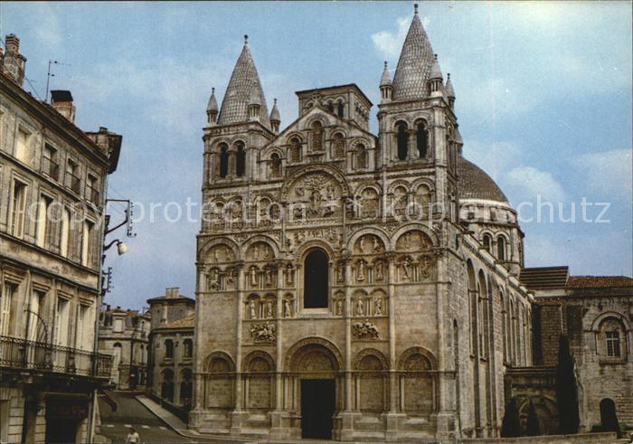 Angouleme Facade de la Cathedrale St Pierre du XII siecle Kat. Angouleme