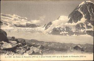 Cabane de Panossiere Grand Combin et le Combin de Corbassiere Walliser Alpen Kat. Grand Combin