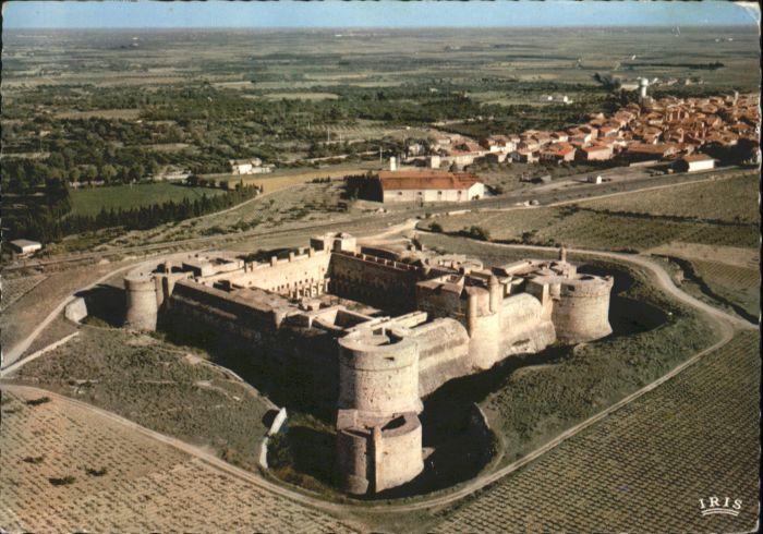 Salses-le-Chateau Roussillon Fliegeraufnahme Le Chateau fort de Salses x / Salses-le-Chateau /Arrond. de Perpignan