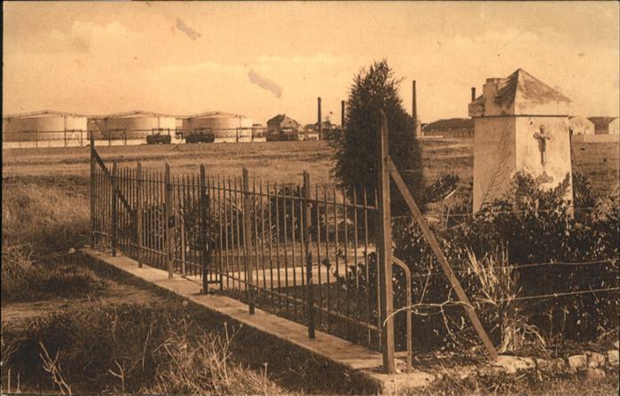 La Rochelle-Normande Laleu Monument eleve Usine * / La Rochelle-Normande /Arrond. d Avranches