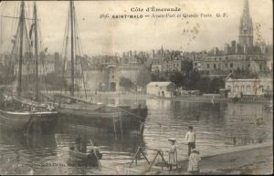 Saint-Malo Ille-et-Vilaine Bretagne Avant Port Grande Port Schiff / Saint-Malo /Arrond. de Saint-Malo
