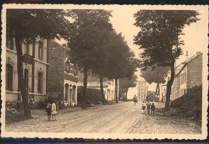Longlier Avenue de la station /  /