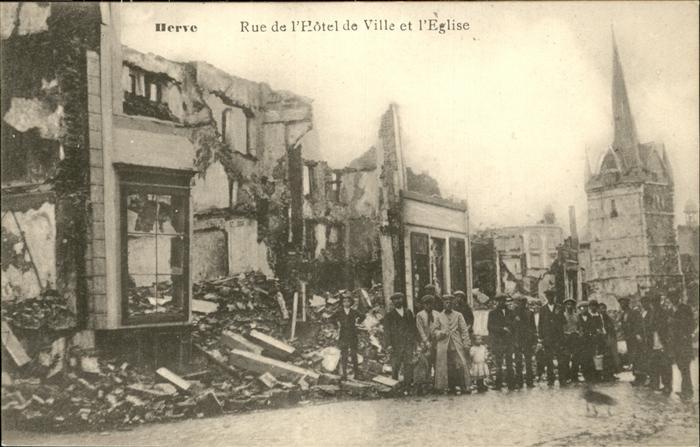 wx52713 Herve Rue de l `Hotel de Ville et l`eglise Kategorie.  Alte Ansichtskarten