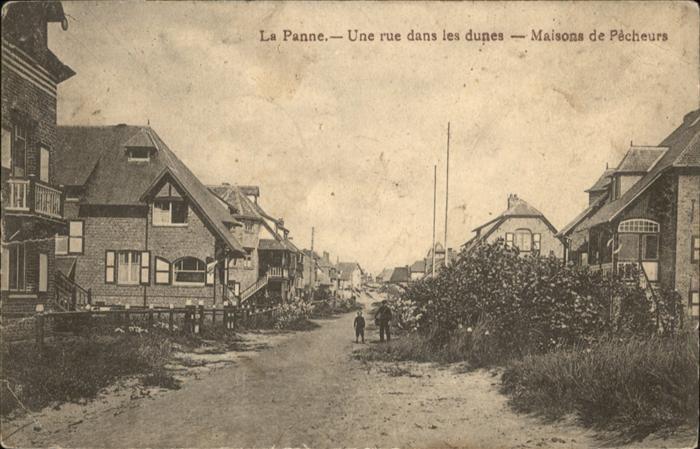 La Panne Rue dans les dunes