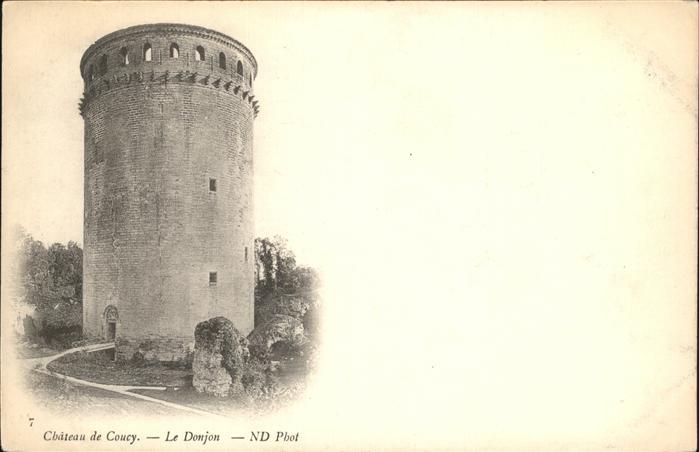 Coucy-le-Chateau-Auffrique Chateau  / Coucy-le-Chateau-Auffrique /Arrond. de Laon