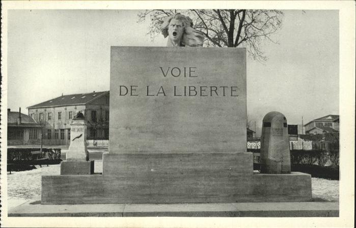 Sainte-Menehould Monument / Sainte-Menehould /Arrond. de Sainte-Menehould