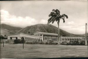 Saint Kitts Nevis New Grammar School / Basseterre /