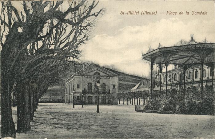 Saint-Mihiel Place de la Comedie / Saint-Mihiel /Arrond. de Commercy