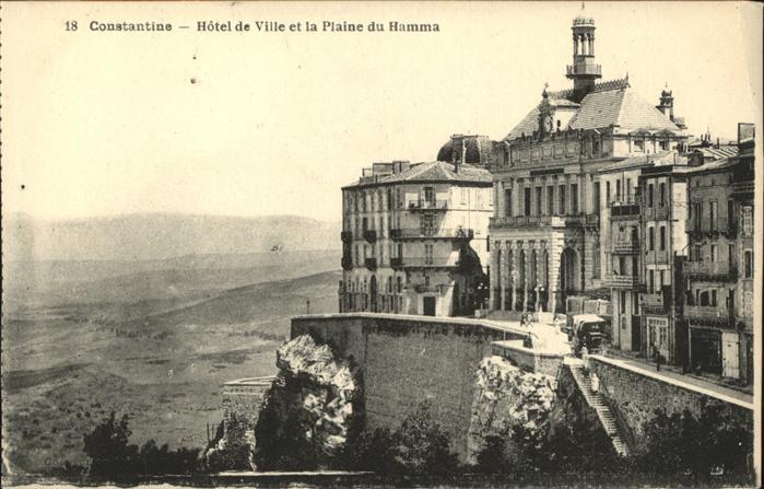 Constantine Hotel de Ville et la Plaine du Hamma