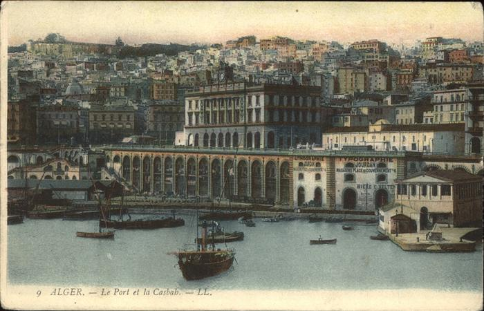 Alger Algerien Le Port et la Casbah Hafen Boote / Algier Algerien /
