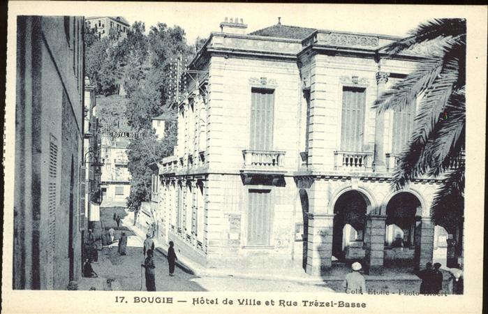 Bougie Hotel de Ville et Rue Trezel Basse