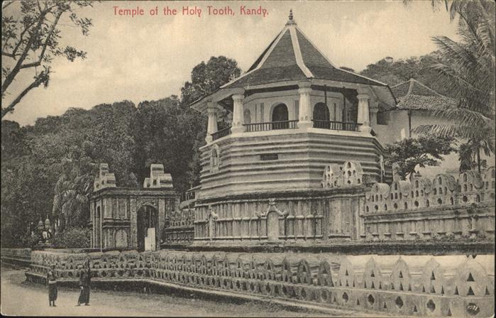 Kandy Sri Lanka The Temple of the Holy Tooth / Kandy /