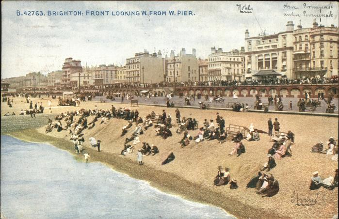 Brighton East Sussex Front Looking Pier / Brighton East Sussex /