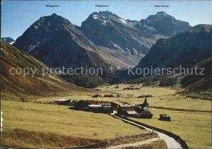 Sertig Doerfli mit Mittagshorn Plattenhorn und Hoch Ducan Kat. Sertigpass