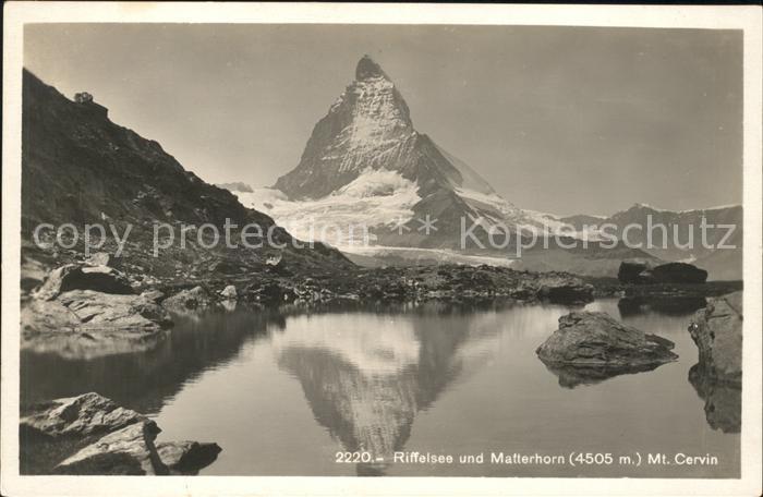 Matterhorn VS Riffelsee Mt. Cervin Kat. Matterhorn