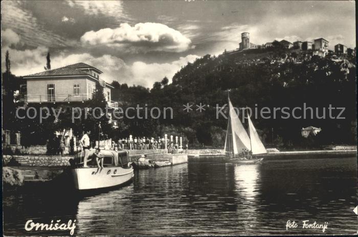 Omisalj Uferpromenade Motorboot Segelboot Kat. Kroatien