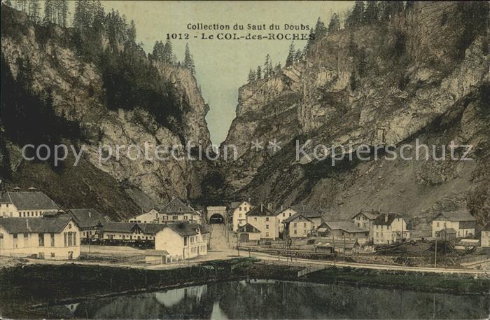 Col des Roches Vue partielle du village Tunnel Collection du Saut du Doubs Kat. Le Locle
