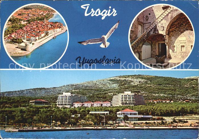 Trogir Trau Ansicht vom Meer aus Strand Hotels Innenhof Moewe Fliegeraufnahme Kat. Trogir