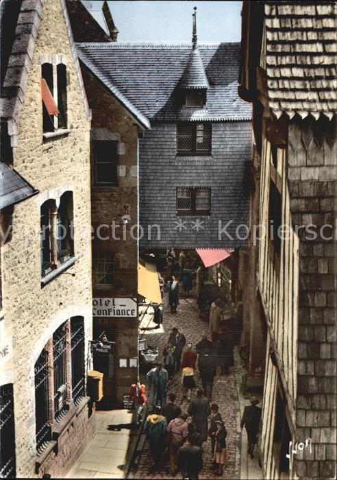 Le Mont Saint Michel La Rue la Poste  Kat. Le Mont Saint Michel