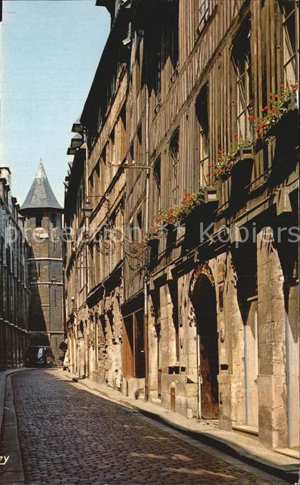 Rouen La vieille rue St Romain et ses maisons anciennes Kat. Rouen