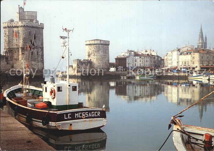La Rochelle Charente Maritime Le Port Tours St Nicolas de la Chaine et de la Lanterne Kat. La Rochelle