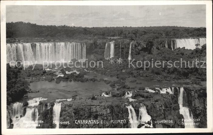 Argentinien Cataratas del Iguazu Wasserfaelle Kat. Argentinien