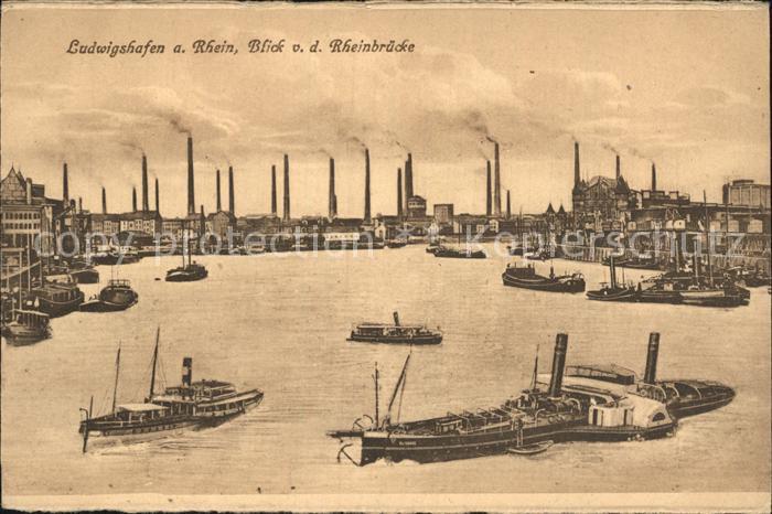 Ludwigshafen Rhein Blick von der Rheinbruecke Dampfer Fabriken Kat. Ludwigshafen am Rhein