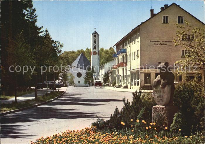 Waldkraiburg Karlsbader Strasse mit Berliner Baer Martin Luther Kirche Kat. Waldkraiburg