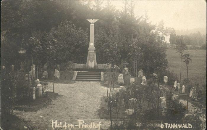 Tannwald Helden Friedhof *