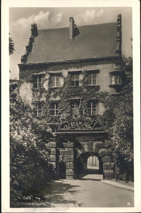 Oels Oels Schlosseingang x / Polen /Polen