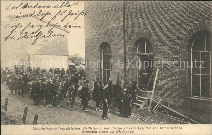 Ardennes Unterbringung franzoesicher Zivilisten in einer Kirche 1. Weltkrieg /  /