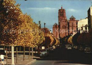 Rodez Avenue Victor Hugo au fond la cathedrale Notre Dame Kat. Rodez