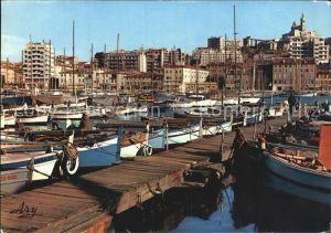 Marseille Le Vieux Port avec ses Barques de Peche Kat. Marseille