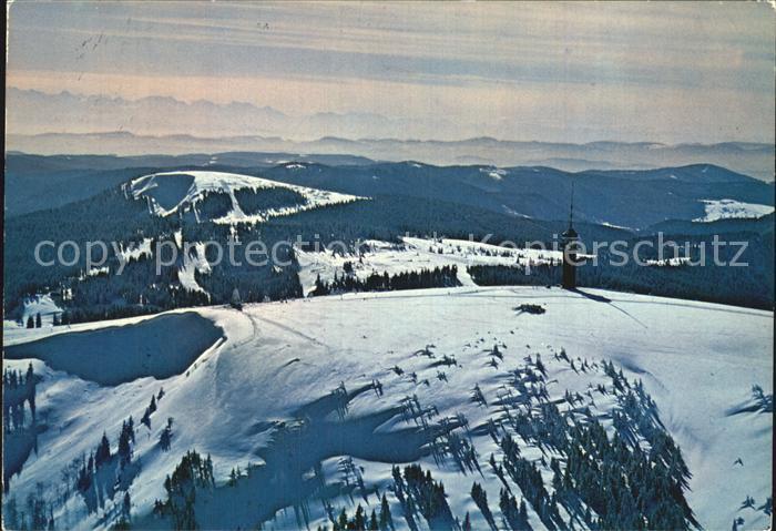 Feldberg Schwarzwald Seebuck mit Fernsehturm und Schweizer Alpen Fliegeraufnahme Kat. Feldberg (Schwarzwald)