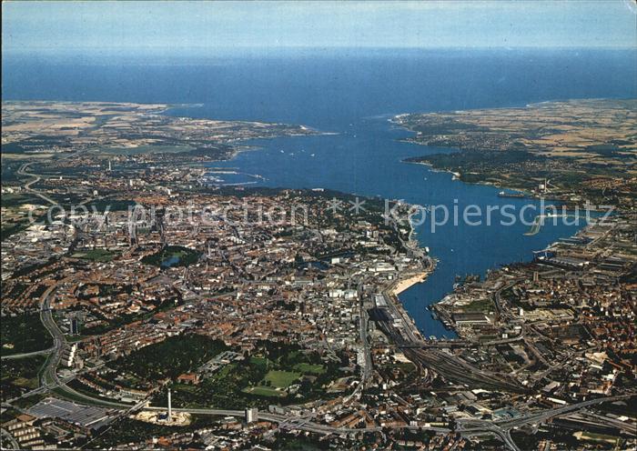 kt60865 Kiel Stadt und Foerde mit Blick auf die Ostsee Landeshauptstadt Fliegera