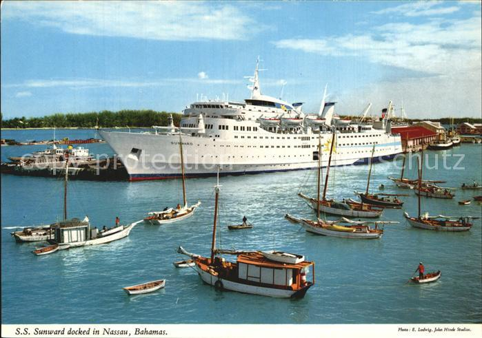 Nassau Bahamas SS Sunward docked in the port Passagierschiff