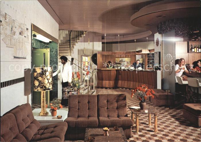 ak hamburg altona strassenpartie am stadt theater nr 6793028 oldthing ansichtskarten. Black Bedroom Furniture Sets. Home Design Ideas