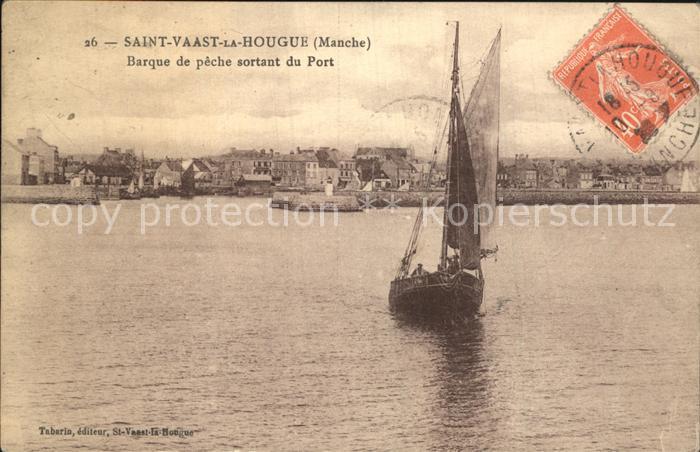 Saint Vaast la Hougue Barque de peche sortant du Port Kat. Saint Vaast la Hougue