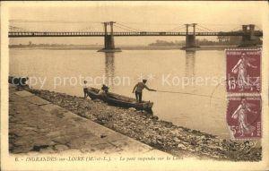 Ingrandes sur Loire Pont suspendu sur la Loire Pecheur