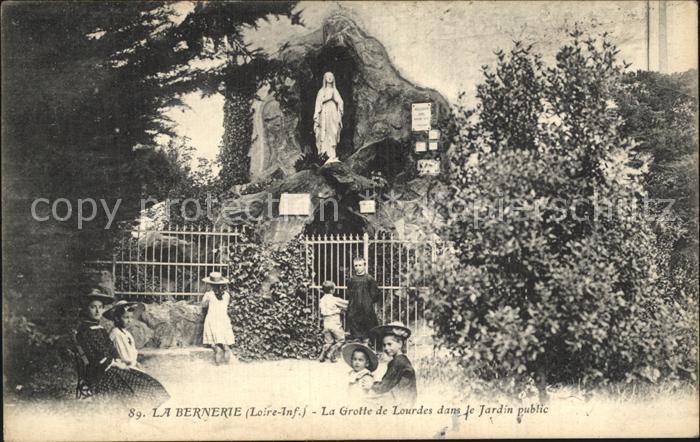 La Bernerie en Retz Grotte de Lourdes dans le Jardin public Kat. La Bernerie en Retz
