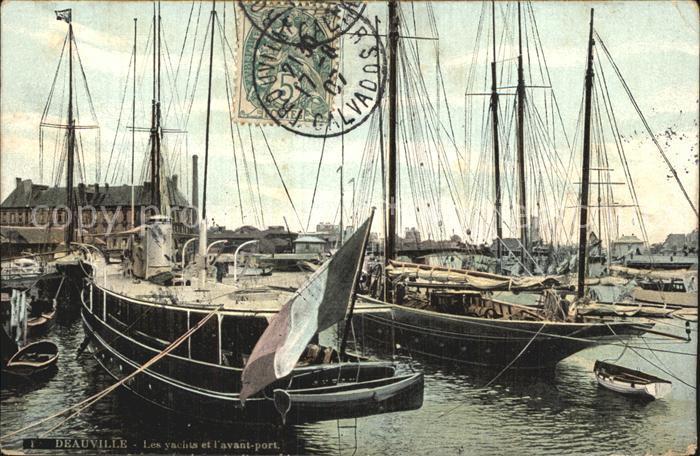 Deauville Les yachts et l avant port Kat. Deauville