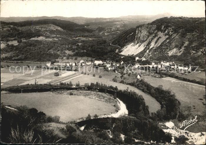 Bort les Orgues Vue sur les Monts du Cantal prise des Orgues Kat. Bort les Orgues