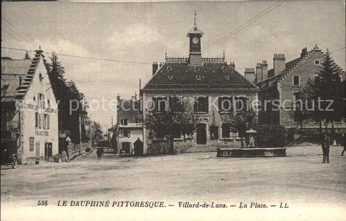 Villard de Lans La Place Collection Le Dauphine Pittoresque Kat. Villard de Lans