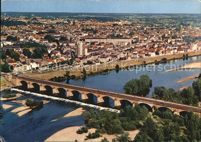 Moulins Allier Fliegeraufnahme mit Bruecke Kat. Moulins